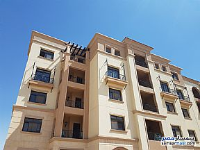Ad Photo: Apartment 3 bedrooms 2 baths 186 sqm extra super lux in Fifth Settlement  Cairo