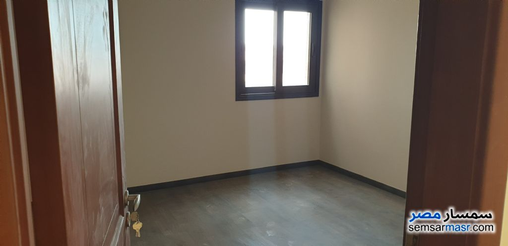 Photo 6 - Apartment 3 bedrooms 3 baths 186 sqm extra super lux For Rent Fifth Settlement Cairo