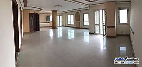 Ad Photo: Apartment 4 bedrooms 3 baths 280 sqm super lux in Heliopolis  Cairo
