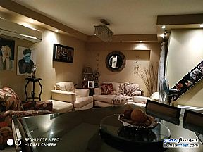 Ad Photo: Apartment 5 bedrooms 3 baths 400 sqm extra super lux in Sheraton  Cairo
