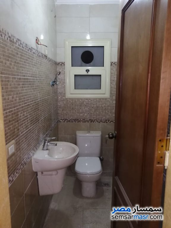 Photo 8 - Apartment 3 bedrooms 2 baths 300 sqm extra super lux For Rent Heliopolis Cairo