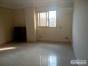 Ad Photo: Apartment 7 bedrooms 3 baths 500 sqm extra super lux in Sheraton  Cairo