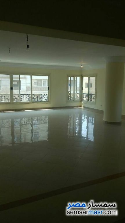 Photo 1 - Apartment 4 bedrooms 3 baths 350 sqm extra super lux For Rent New Nozha Cairo