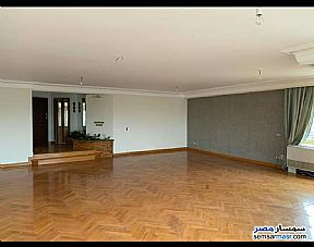 Ad Photo: Apartment 4 bedrooms 3 baths 300 sqm super lux in Sheraton  Cairo