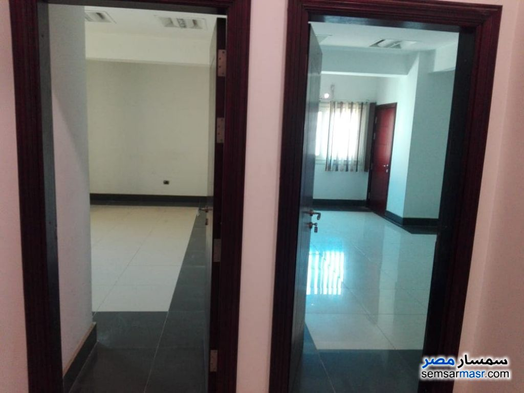 Photo 9 - Apartment 4 bedrooms 3 baths 450 sqm super lux For Rent Sheraton Cairo