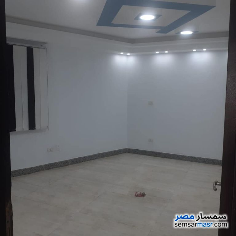 Photo 10 - Apartment 6 bedrooms 3 baths 450 sqm super lux For Rent Future City Cairo