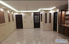 Ad Photo: Apartment 4 bedrooms 3 baths 350 sqm super lux in Sheraton  Cairo