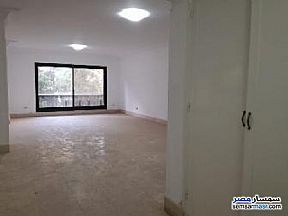Ad Photo: Apartment 4 bedrooms 1 bath 300 sqm super lux in Maadi  Cairo