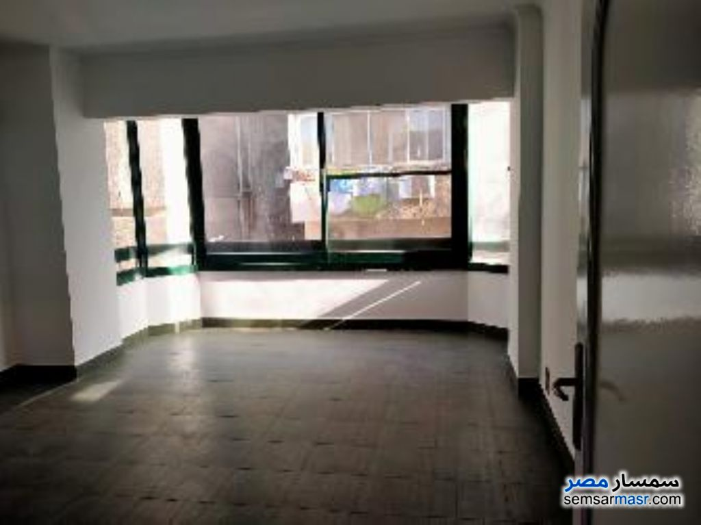 Photo 1 - Apartment 3 bedrooms 2 baths 180 sqm super lux For Rent Maadi Cairo