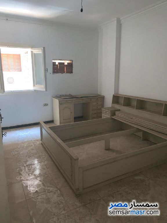 Photo 9 - Apartment 3 bedrooms 2 baths 300 sqm extra super lux For Rent Maadi Cairo