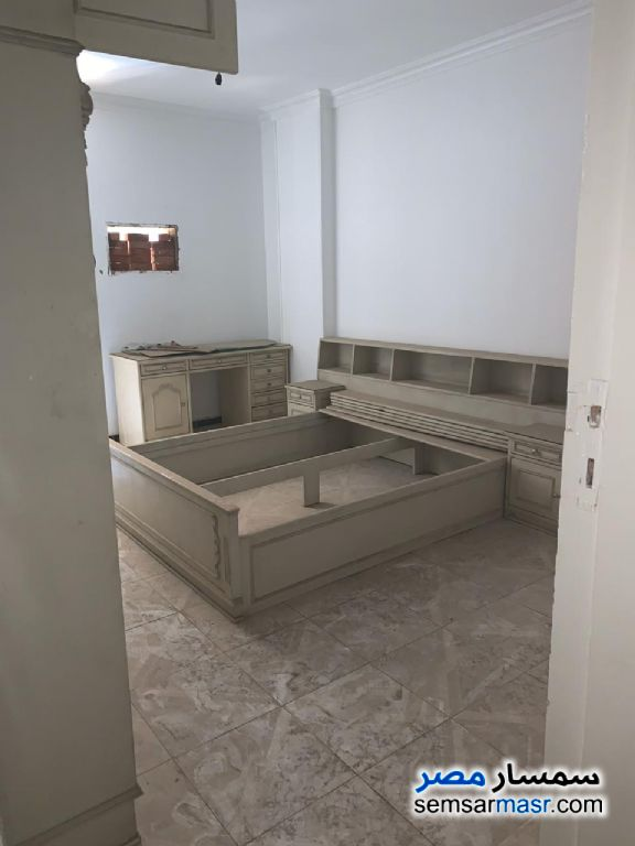 Photo 19 - Apartment 3 bedrooms 2 baths 300 sqm extra super lux For Rent Maadi Cairo