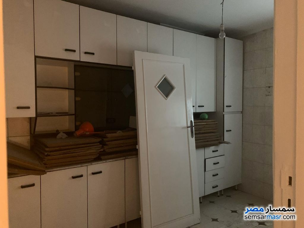 Photo 27 - Apartment 3 bedrooms 2 baths 300 sqm extra super lux For Rent Maadi Cairo
