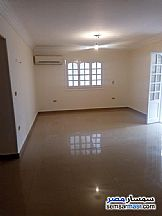 Ad Photo: Apartment 4 bedrooms 3 baths 300 sqm extra super lux in Sheraton  Cairo