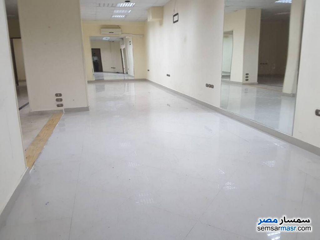 Photo 8 - Apartment 5 bedrooms 3 baths 360 sqm extra super lux For Rent Sheraton Cairo