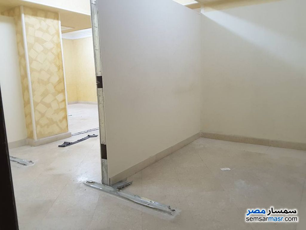 Photo 6 - Apartment 5 bedrooms 3 baths 360 sqm extra super lux For Rent Sheraton Cairo