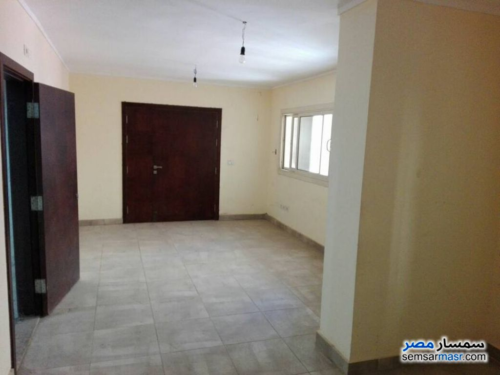 Photo 5 - Apartment 5 bedrooms 3 baths 350 sqm super lux For Rent Sheraton Cairo
