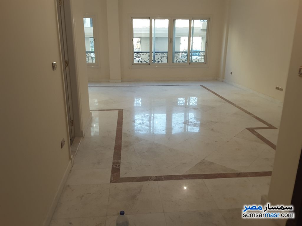 Photo 2 - Apartment 2 bedrooms 1 bath 165 sqm extra super lux For Rent Sheraton Cairo