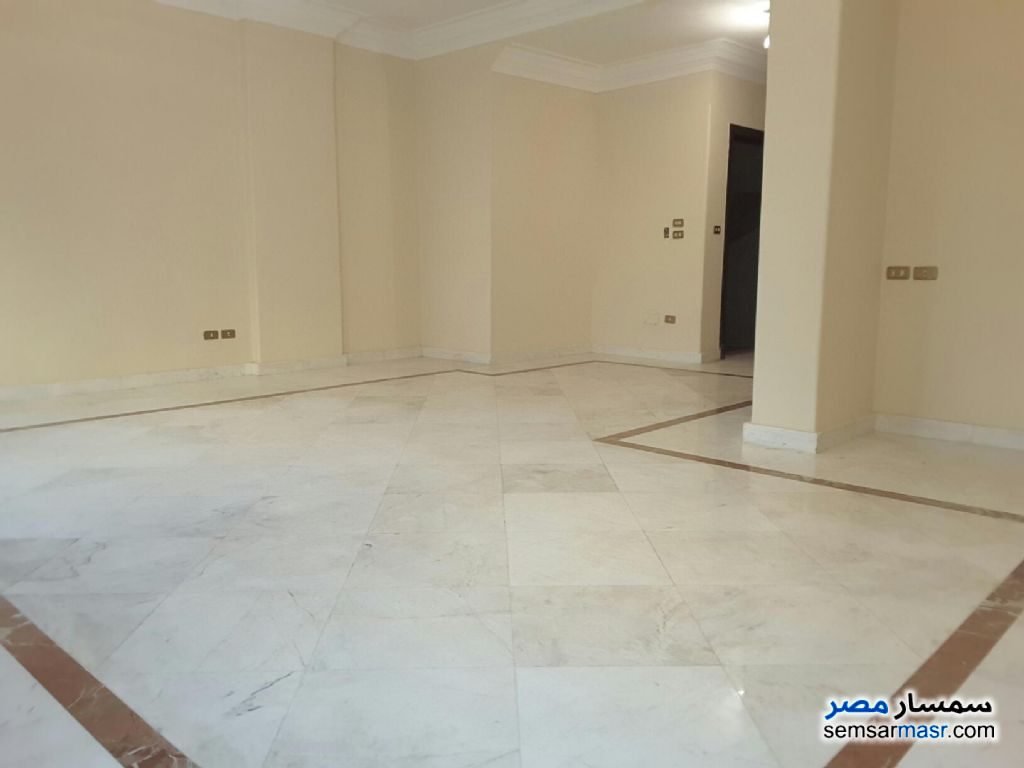 Photo 3 - Apartment 2 bedrooms 1 bath 165 sqm extra super lux For Rent Sheraton Cairo