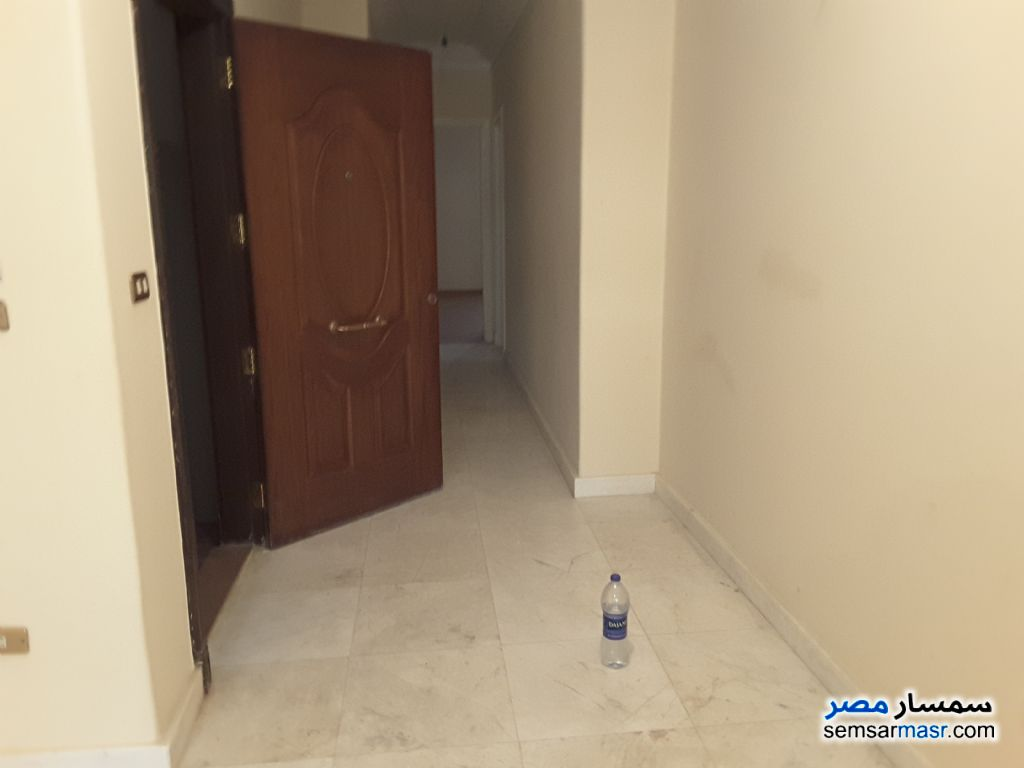Photo 5 - Apartment 2 bedrooms 1 bath 165 sqm extra super lux For Rent Sheraton Cairo