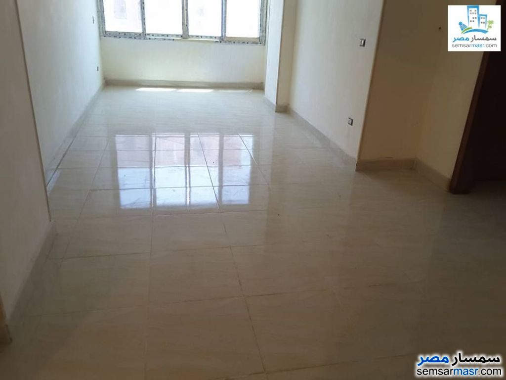 Photo 1 - 4 bedrooms 3 baths 250 sqm extra super lux For Rent Sheraton Cairo