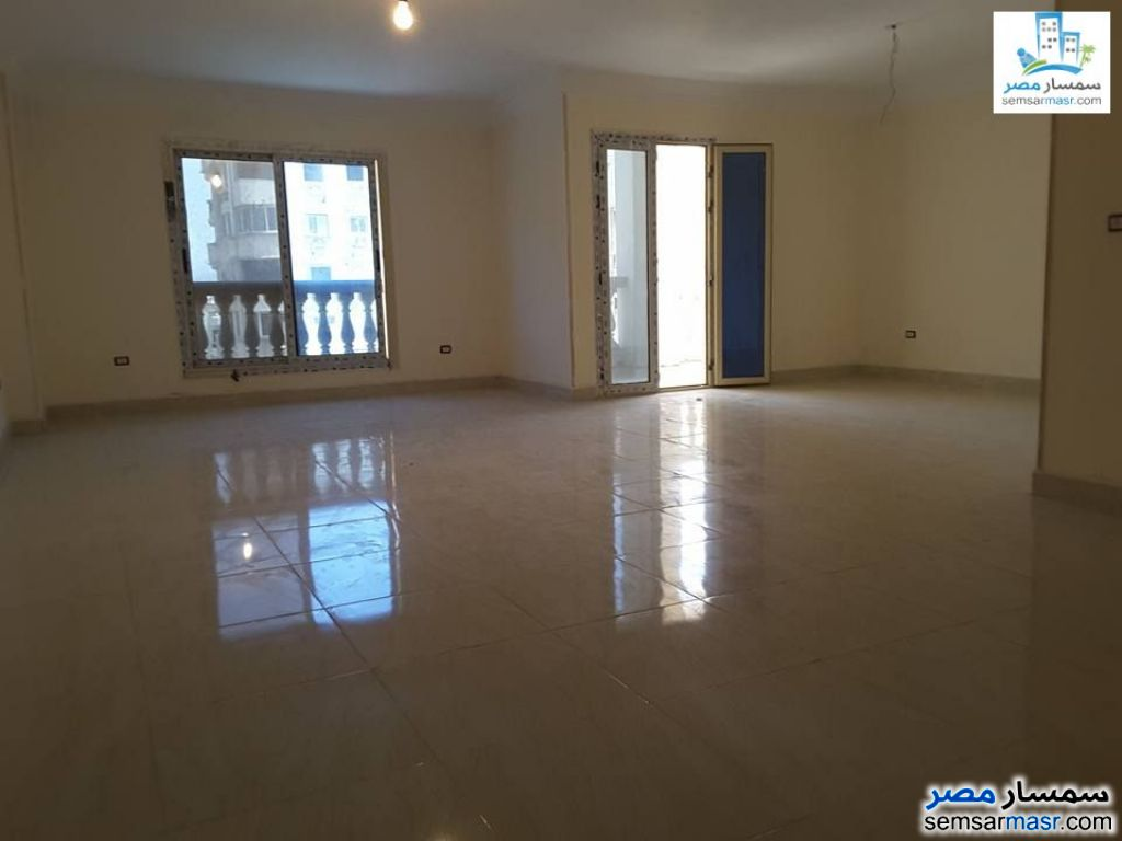 Photo 2 - Apartment 4 bedrooms 3 baths 250 sqm extra super lux For Rent Sheraton Cairo