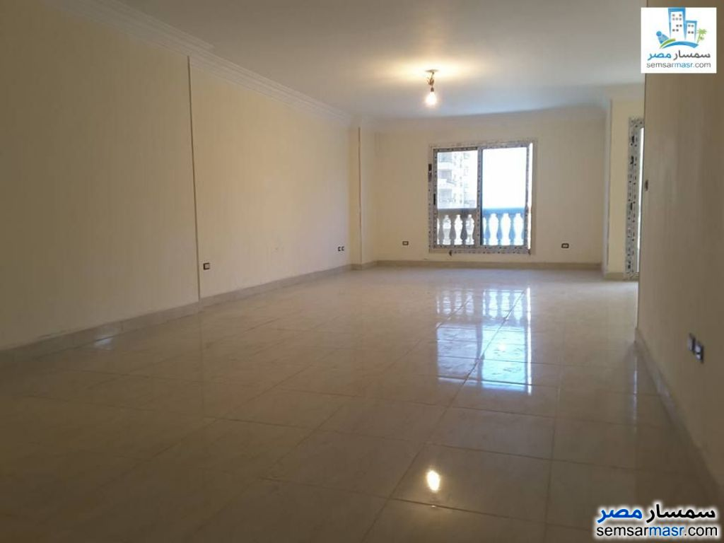 Photo 5 - Apartment 4 bedrooms 3 baths 250 sqm extra super lux For Rent Sheraton Cairo