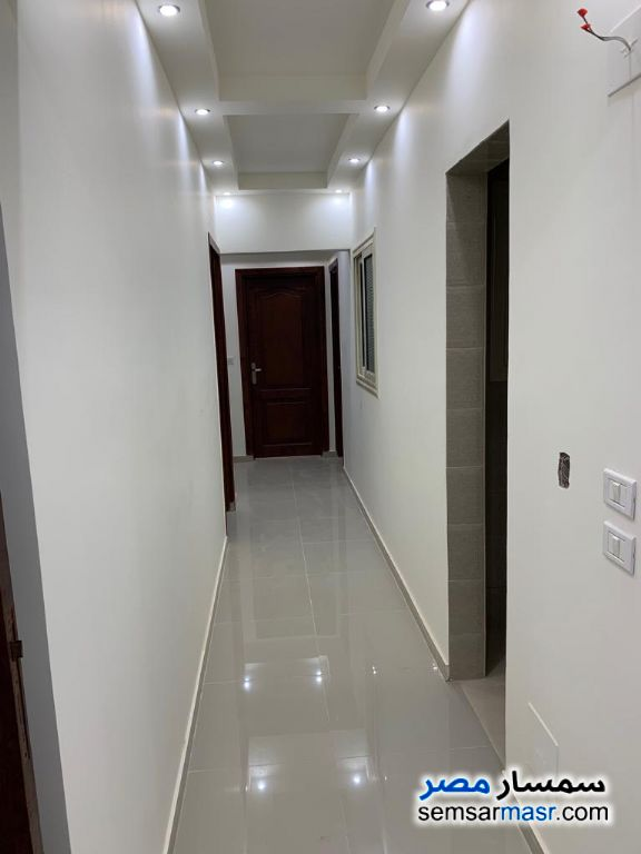 Photo 12 - Apartment 3 bedrooms 2 baths 234 sqm extra super lux For Rent Maadi Cairo