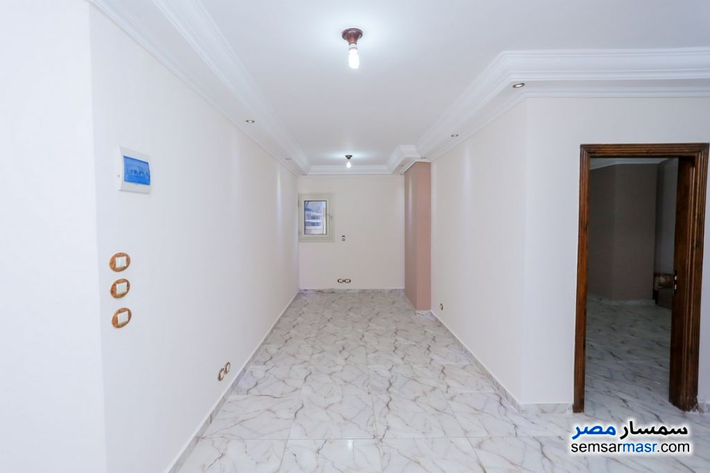 Photo 2 - Apartment 2 bedrooms 1 bath 80 sqm super lux For Rent Sporting Alexandira