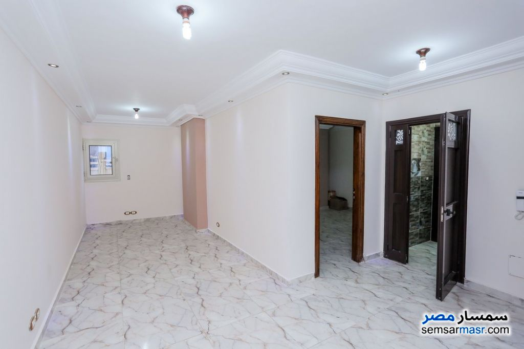 Photo 1 - Apartment 2 bedrooms 1 bath 80 sqm super lux For Rent Sporting Alexandira