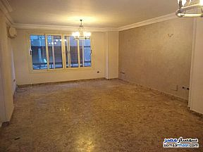 Ad Photo: Apartment 4 bedrooms 2 baths 200 sqm super lux in Mohandessin  Giza