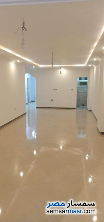 Photo 1 - Service 130 sqm For Rent Haram Giza