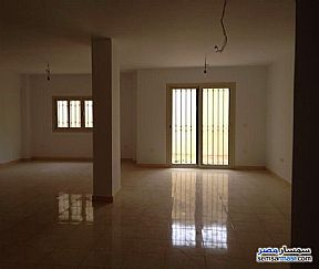 Ad Photo: Apartment 4 bedrooms 1 bath 150 sqm super lux in Mohandessin  Giza