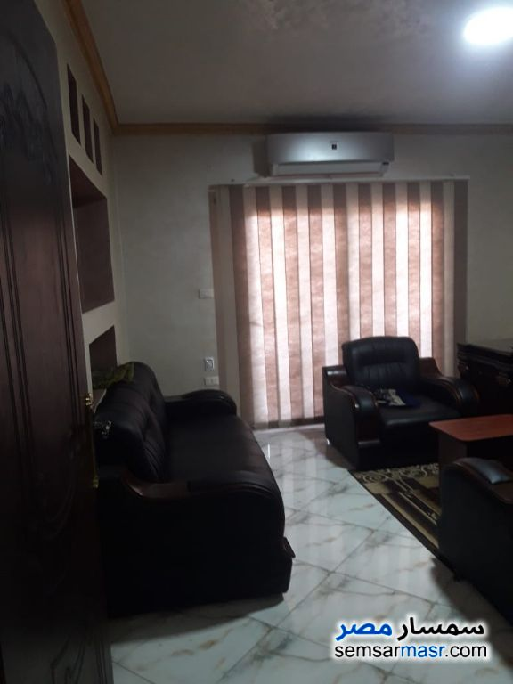 Ad Photo: Apartment 4 bedrooms 2 baths 160 sqm extra super lux in Haram  Giza