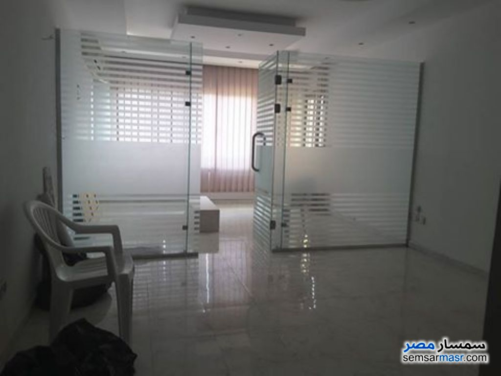 Photo 7 - Apartment 2 bedrooms 1 bath 120 sqm extra super lux For Rent Heliopolis Cairo