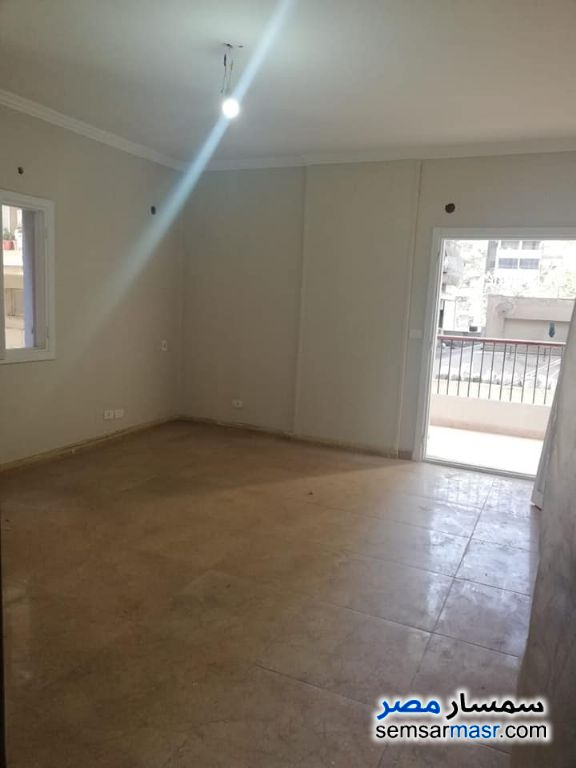 Photo 12 - Apartment 3 bedrooms 3 baths 170 sqm super lux For Rent Heliopolis Cairo