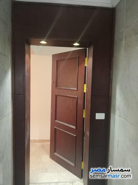 Photo 5 - Apartment 3 bedrooms 3 baths 170 sqm super lux For Rent Heliopolis Cairo
