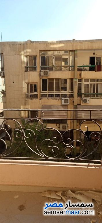Ad Photo: Apartment 3 bedrooms 2 baths 180 sqm super lux in Izbat An Nakhl  Cairo
