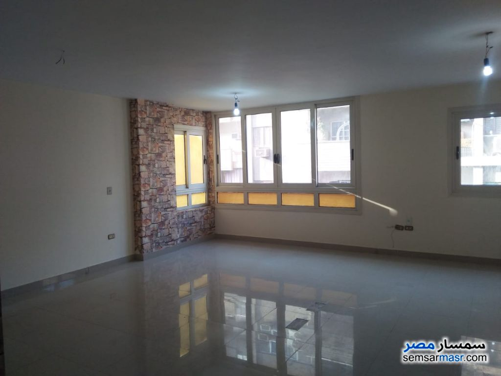 Photo 1 - Commercial 220 sqm For Rent Dokki Giza
