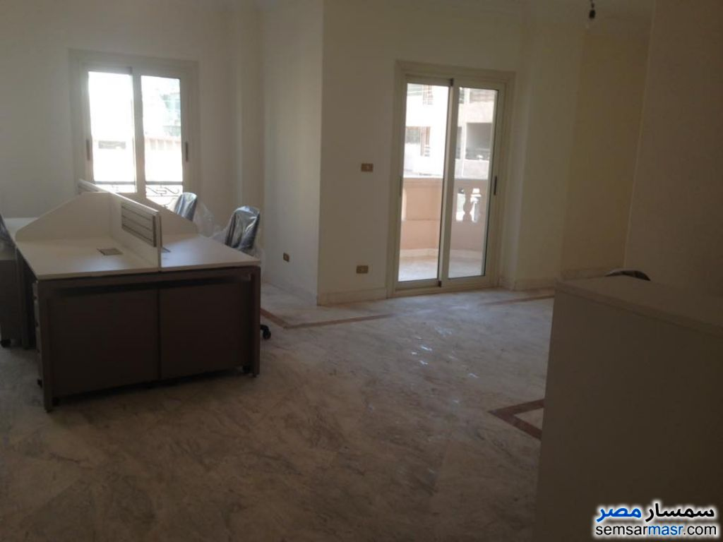 Photo 2 - 3 bedrooms 3 baths 180 sqm extra super lux For Rent Heliopolis Cairo