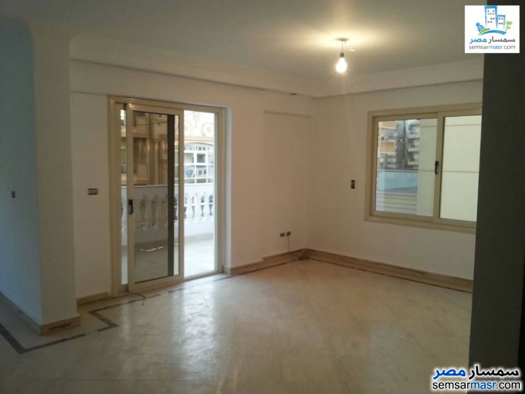 Photo 1 - 3 bedrooms 3 baths 200 sqm extra super lux For Rent Sheraton Cairo
