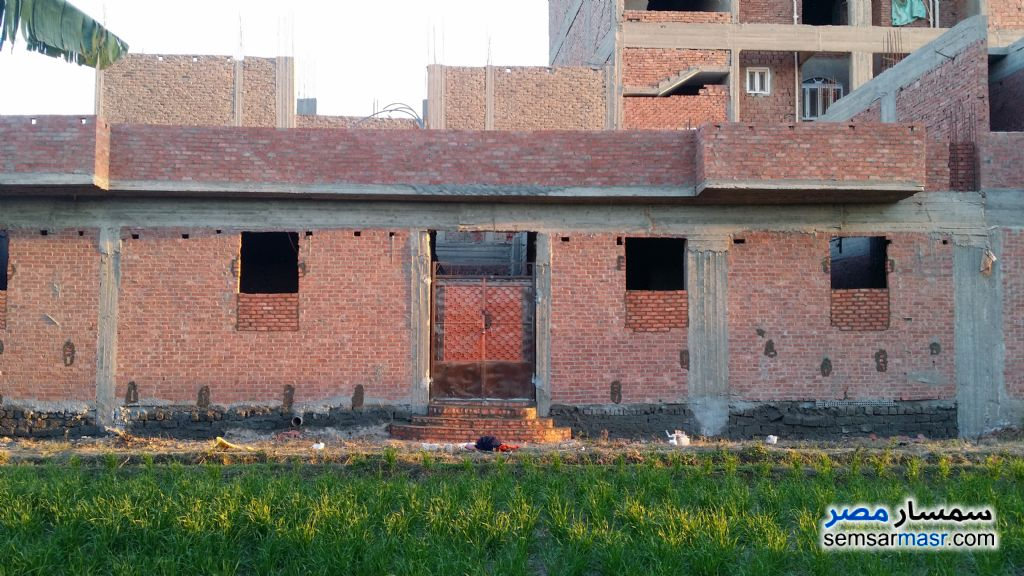 Photo 1 - Building 200 sqm without finish For Sale El Fath Asyut