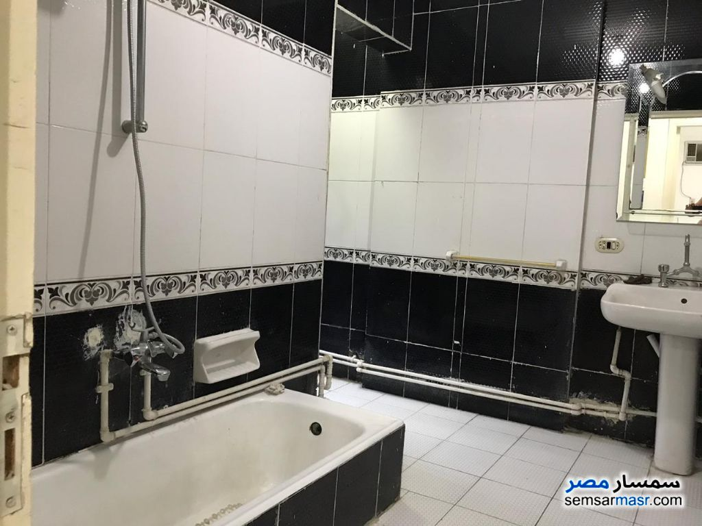 Photo 8 - Apartment 3 bedrooms 2 baths 220 sqm super lux For Rent Nasr City Cairo