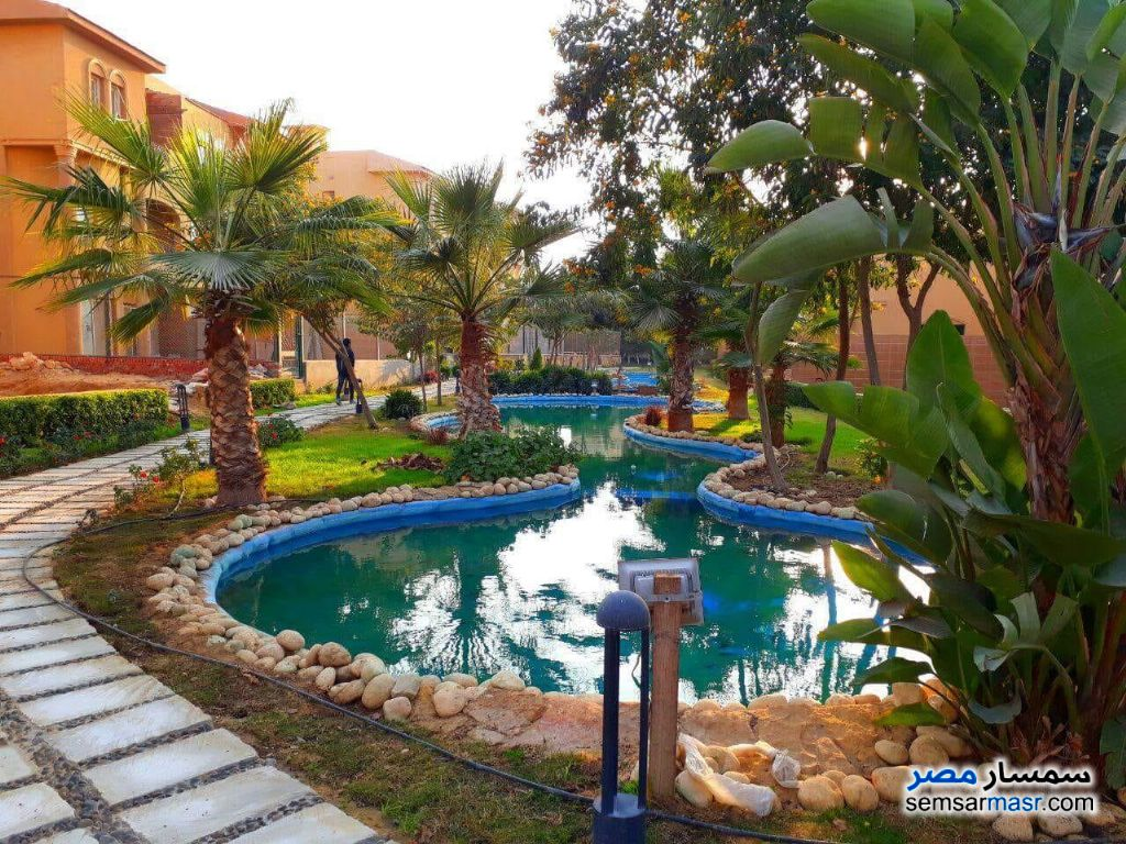 Photo 3 - Villa 5 bedrooms 5 baths 385 sqm without finish For Sale Fifth Settlement Cairo