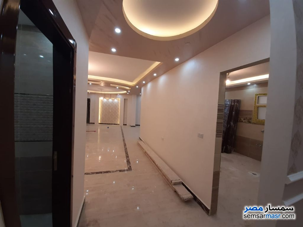 Photo 3 - Apartment 3 bedrooms 3 baths 270 sqm extra super lux For Sale Hadayek Al Ahram Giza