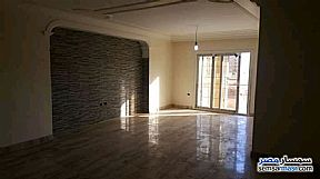 Ad Photo: Apartment 4 bedrooms 3 baths 260 sqm super lux in Maadi  Cairo
