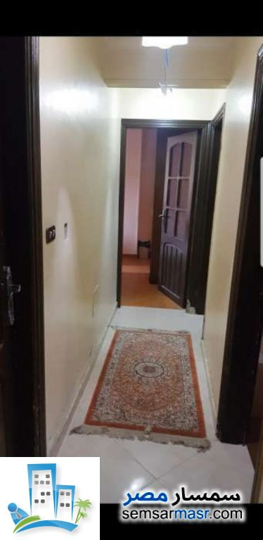 Ad Photo: Apartment 3 bedrooms 1 bath 125 sqm extra super lux in Halwan  Cairo