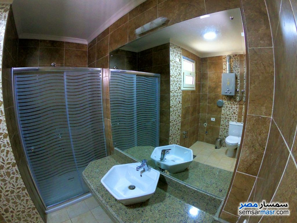 Photo 1 - Apartment 1 bedroom 1 bath 45 sqm extra super lux For Rent Dokki Giza