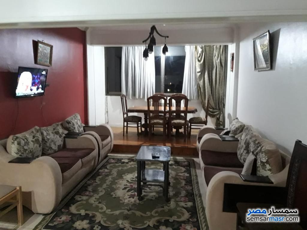 Photo 4 - Apartment 2 bedrooms 1 bath 150 sqm super lux For Rent Mohandessin Giza