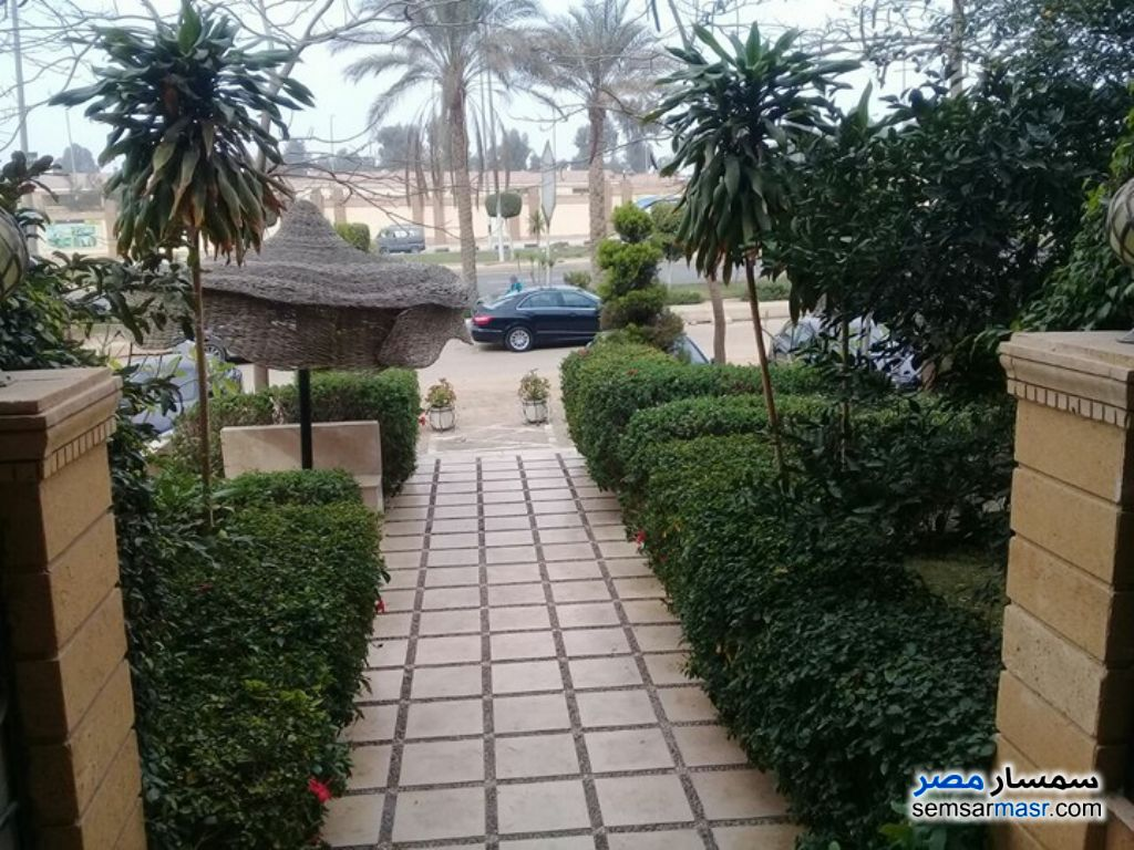 Photo 1 - Villa 6 bedrooms 3 baths 500 sqm super lux For Sale First Settlement Cairo