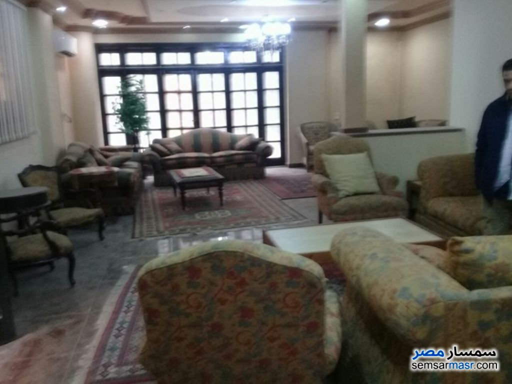 Photo 12 - Villa 6 bedrooms 3 baths 500 sqm super lux For Sale First Settlement Cairo